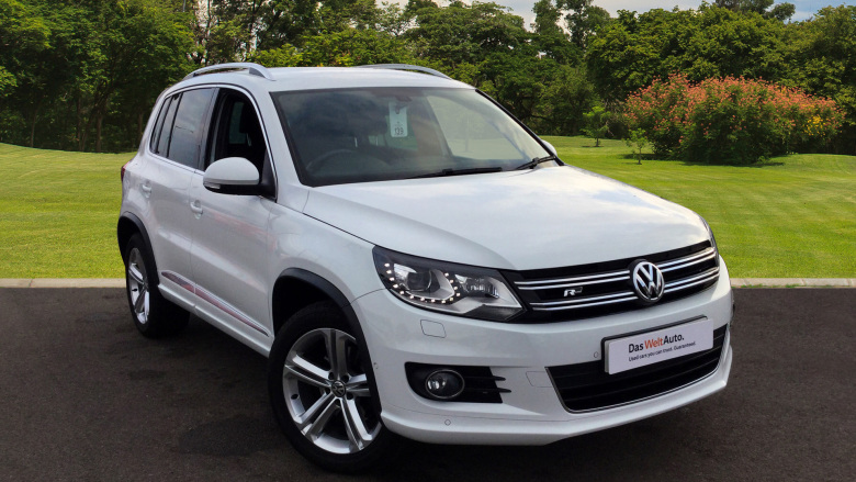 Volkswagen Tiguan 2.0 TDi BlueMotion Tech R Line 5dr [NAV] Diesel Estate